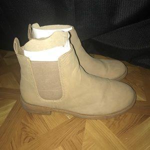 Tan Chelsea Boot